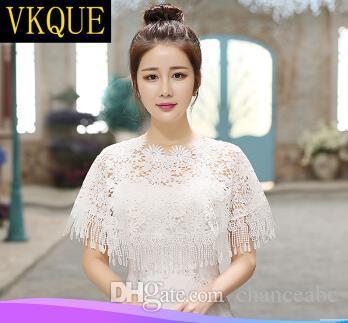 Acheter Vkque Mariée Nuptiale Châle Version Coréenne De Coréen Châle Blanc  Été Blanc Été Mince Manteau Creux Dentelle Blanche De  30.16 Du Chanceabc  ... 4bf061f7be5