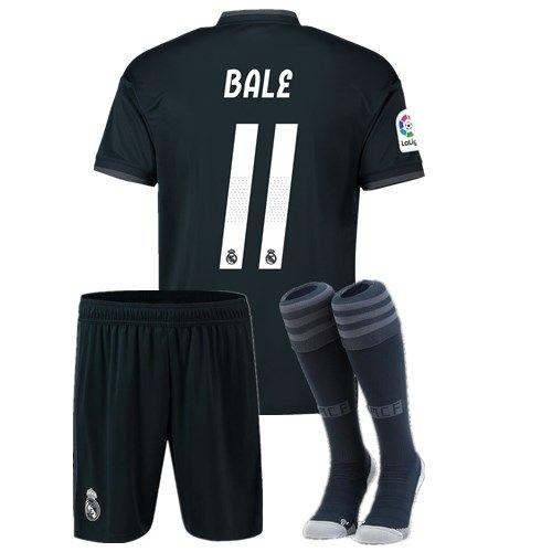 2019 1819 Real Madrid Men Set + Socks Soccer Jerseys 2018 2019 Soccer  Jerseys Home Away Third Kits BALE RAMOS ISCO Football Shirt From  Wangmenglong00 cf0ebb22f