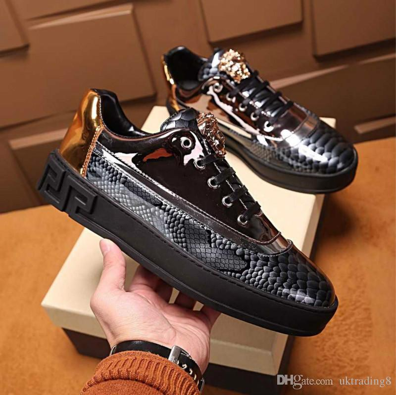 d324d6d4a3 2019 Men S Shoes New Leather Flat Shoes Casual Fashion Wild Trend Low Shoes  High Quality Top Luxury Men S Boots With Box From Uktrading8