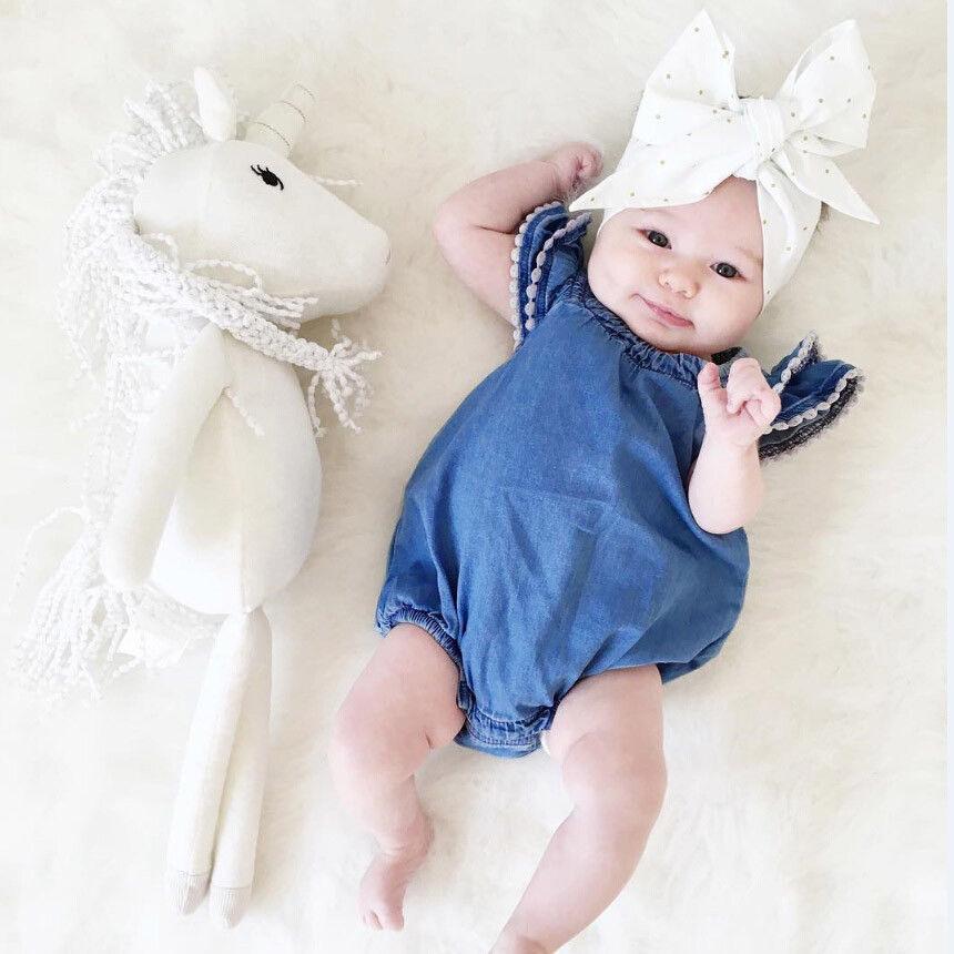 bb2d90207d56 Satın Al Yaz Bebek Romper Ruffles Yürüyor Çocuk Bebek Kız Tulum Dantel  Elbise Bebek Sevimli Sunsuit Kıyafetler 0 24 M Için Mavi