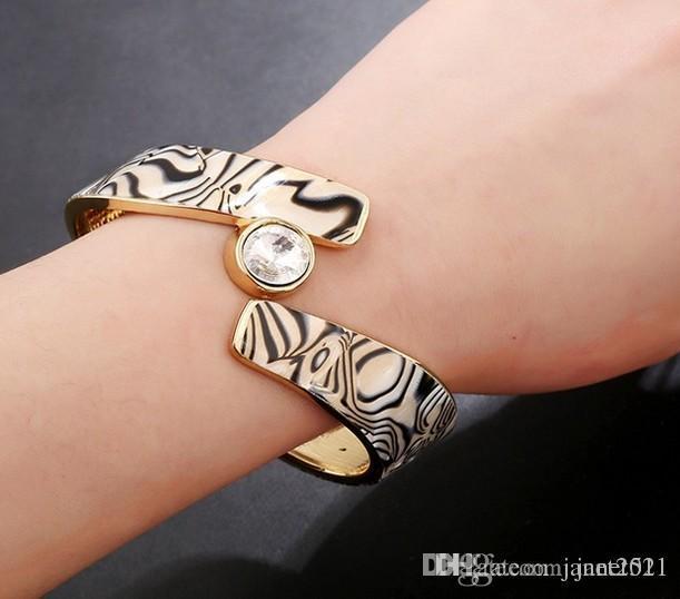 Großhandel Handgefertigte Wide Bange Armbänder Zebra Muster Rose ...