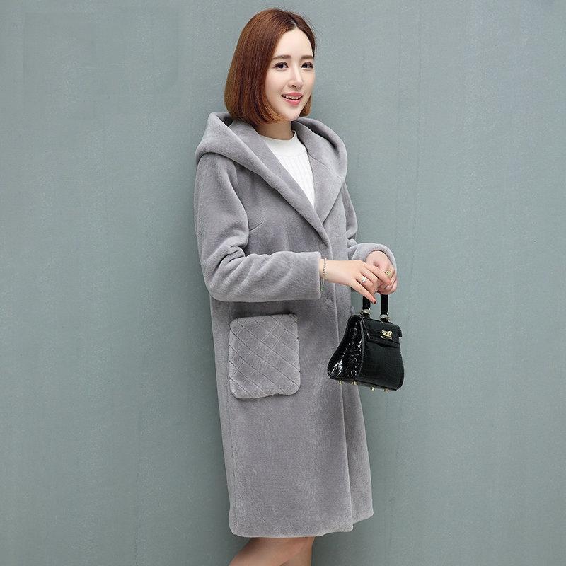 d958bc25249 Mouton Coat Female Jacket Women S Jacket Fur Coat Wool Coat Women S Winter Jackets  Real Fur Women S Fur Coats Winter Y18110505 Sports Jackets Track Jackets ...