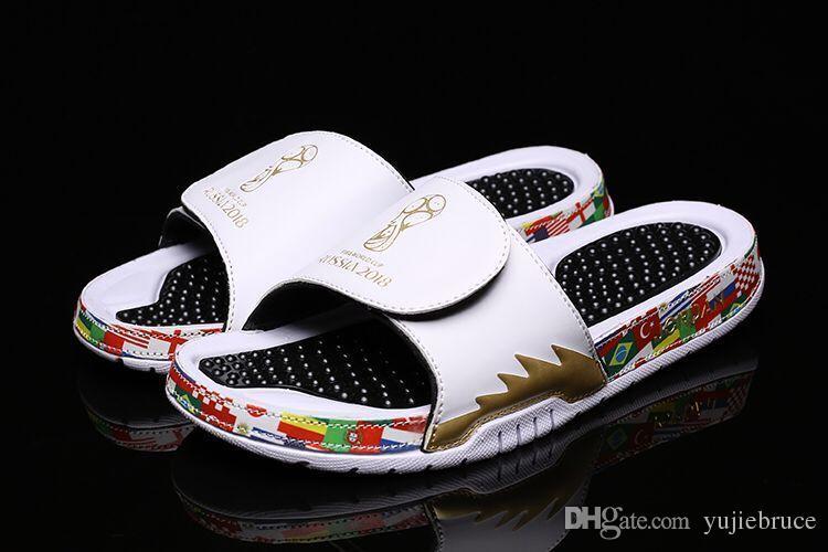 2a8a601bd6f6d Compre La Mejor Calidad New Jordan Hydro 5 V Zapatillas Hombres Rusia World  Cup Flip Flop Sandalias Blancas Negras Hydro Male Casual Outdoor Sneakers  Tamaño ...