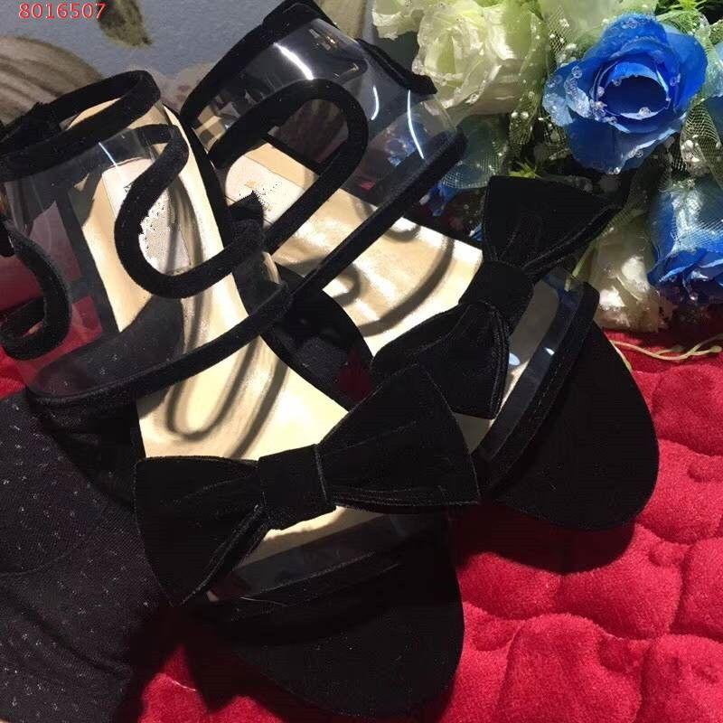 Sandálias de moda para as mulheres, sandálias planas, há preto e vermelho para a escolha, não hesite em contactar-nos para mais informações