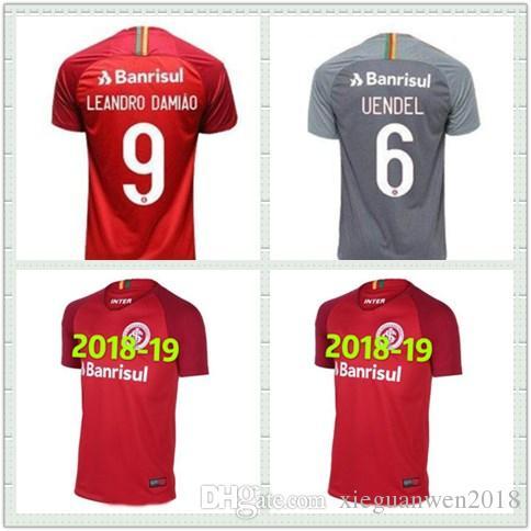 fa46275600 Compre 2 2019 Internacional RS Home Camisa De Futebol Vermelho 18 19 Sport  Club Internacional Vermelho Camisa De Futebol Internacional RS Uniforme De  ...