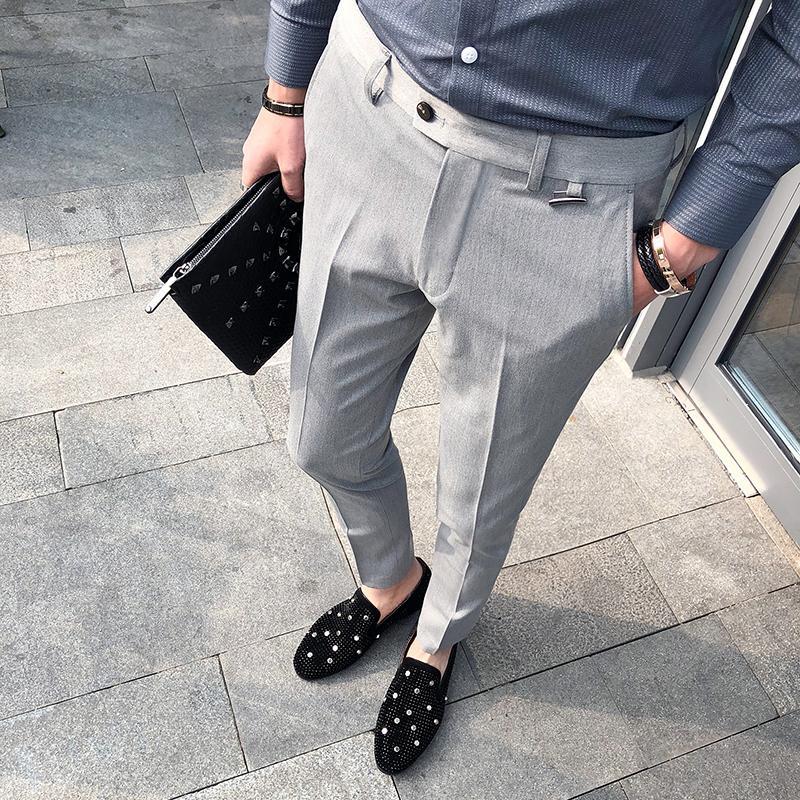 45e0d7594d Homens de Negócios casuais Calça Slim Fit Homens Calças de Vestido de  Escritório Calças Sociais dos homens Trabalho Formal Pantalon Traje preto  cinza