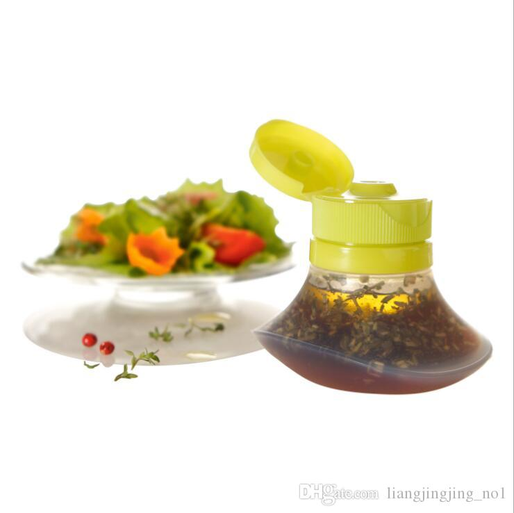 Mini Silicone Squeeze Type Sauce Bottle Salad Dressing Container 2 Ounce Cream Salad Bottle Kitchen Tool KKA4876