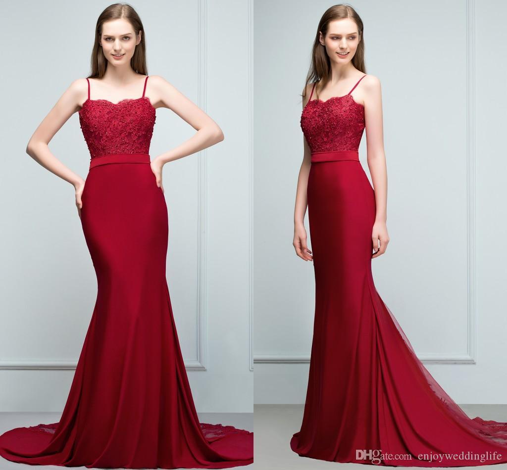 fdbceecdd837 Acquista Dark Red 2018 Mermaid Long Abiti Da Damigella D onore Sexy Cinghie  Di Pizzo Appliqued Abiti Da Damigella D onore Economici Wedding Party Guest  Wear ...