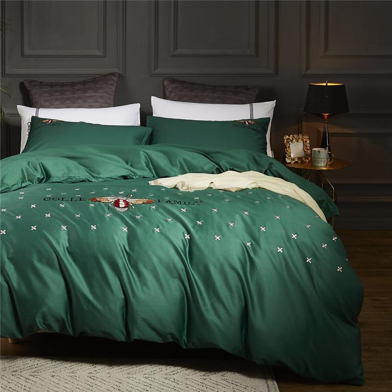 4pcs Bedding Sets 60S Egyptian Cotton Bed Linen Satin Queen King Size Bee  Embroidered Duvet Cover Set Green Bed Sheets