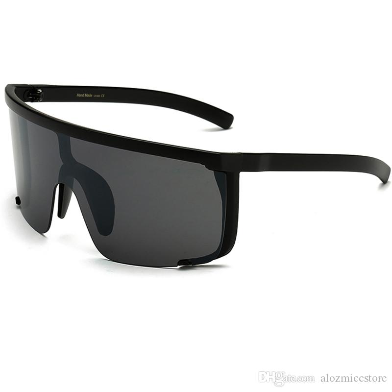 ce2d480c9c6 2018 Sexy WomenOversized Mask Shape Shield Visor SunglassesWomen Vintage Brand  Designer Men Flat Top Windproof Hood Eyeglasses UV400 W72 Mirror Sunglasses  ...