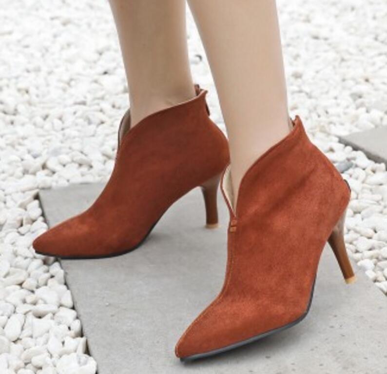 b25d1511ae17a Acheter Dames Chaussure Femmes Gladiateur Chaussures Femme Mariage Zapatos  Mujer Sapato Bottines Minces Hauts Talons Pompes Booties XZ180219 De  14.11  Du ...