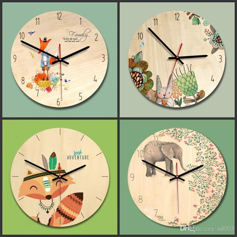 3e6e50442e6 Compre Criativo Relógio De Parede Do Banheiro Sala De Estar Decoração Do  Vintage Dos Desenhos Animados Paredes Relógios Família Casa Pequena Raposa  Elefante ...