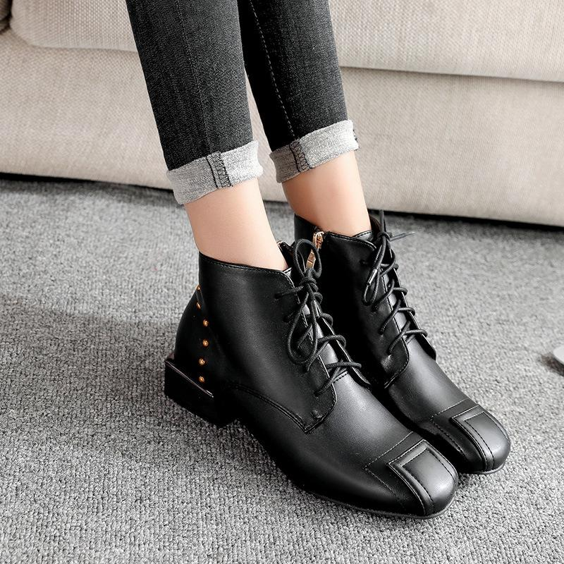7df14cea0d9 2018 New Fashion Trend Autumn And Winter Women Martin Boots Low With Warm  Flat Bottom Plus Velvet Waterproof High Quality Dress Shoes Womens Shoes  Hiking ...