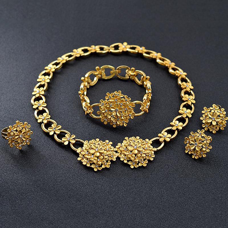 Soleggiato Jewelry Romantico Jewelry Zirconia cubico rotondo nuziale fiore set da sposa la collana orecchini delle donne dell'anello del braccialetto