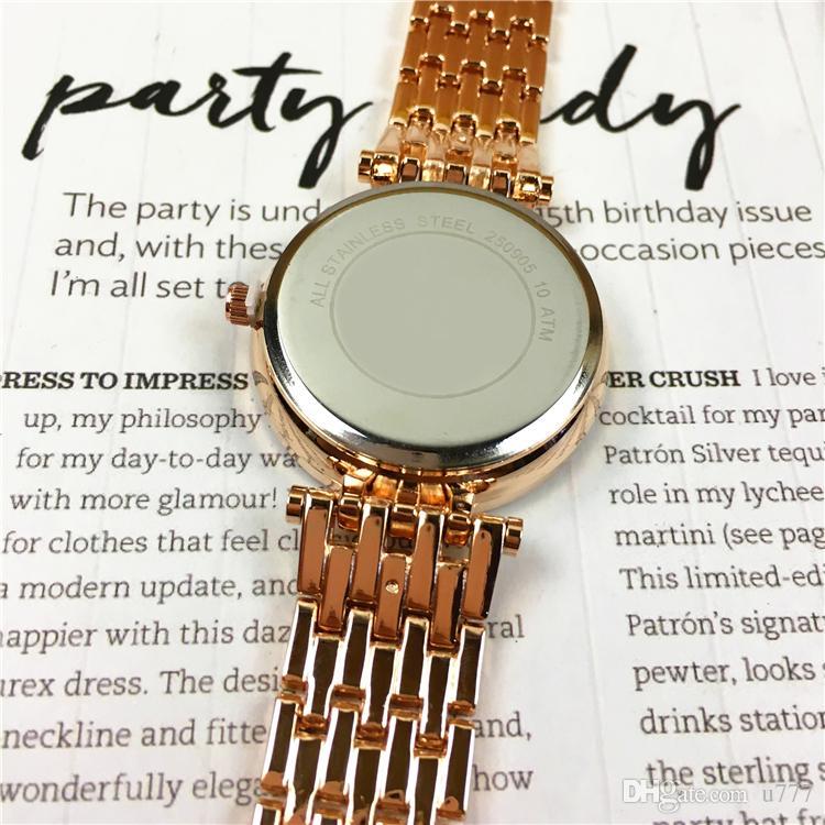 2018 Brand New Lady Quartz Luxury Diamonds Women Watches Moda quadrante viso regalo ragazze Famous Designer Luxury Top Quality Beautiful Clock