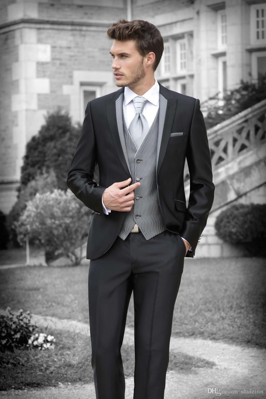 2018 New Black Groom Tuxedos Peak Lapel Best Groomsmen Suit For