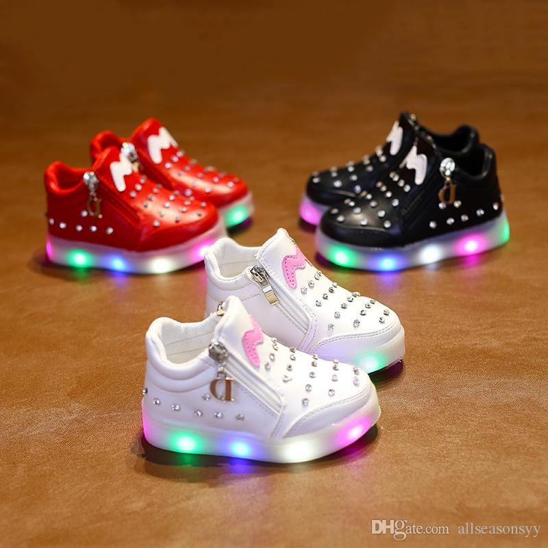 c77b265a0577e Acheter Nouveau Printemps Automne Enfants Led Chaussures Pour Fille Garçon  Enfant En Bas Âge Filles Sneakers Enfants Sneakers De Bande Dessinée Avec  La ...
