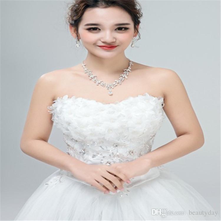 Estilo coreano conjunto de colar de brinco barato venda quente espumante strass cristais flor piercing noivas clipe de festa de noiva nupcial