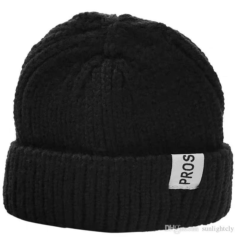13ab631bce4ae Fashion Wool And Cloth Cap Men And Women Couples And Students Casual Daily Wear  Knitted Hats Fitted Hats Straw Hats From Sunlightcly