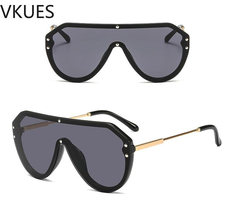 ef4332a1b9e Women Men Oversized Sunglasses One-piece Colorful UV400 Lens ...