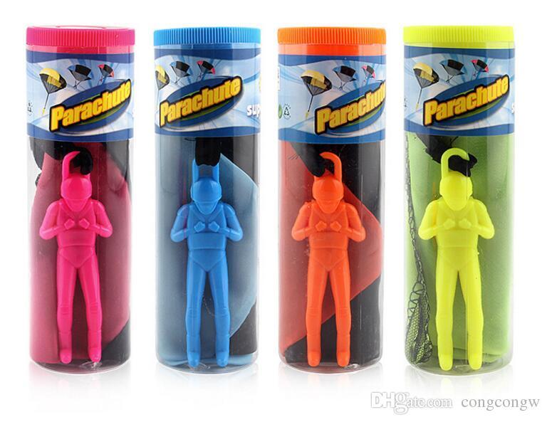 El Atma Çocuklar Mini Oyna Paraşüt Oyuncak Asker Spor çocuk Eğitici Oyuncaklar Açık Rastgele renk PVC Moda Gag Oyuncaklar