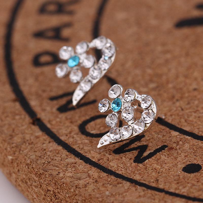 Профессия Оптовая 925 стерлингового серебра ювелирные изделия романтические прелести этнические бриллиантовые Свадебные серьги старинные хрустальные серьги-гвоздики