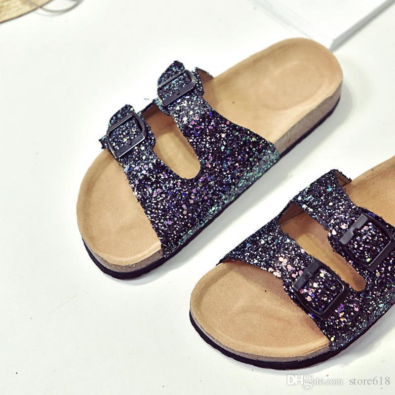 Toptan Yaz kadın lüks plaj cork Terlik Rahat Sandalet Sequins Slaytlar Çift Toka Takunya Kadın Flip Flop Flats Ayakkabı üzerinde Kayma