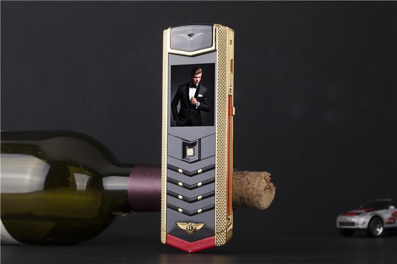 Unlocked Lüks Altın İmza çift sim kart Cep Telefonu paslanmaz çelik deri vücut MP3 Kamera bluetooth 8800 metal cep telefonu ücretsiz cas
