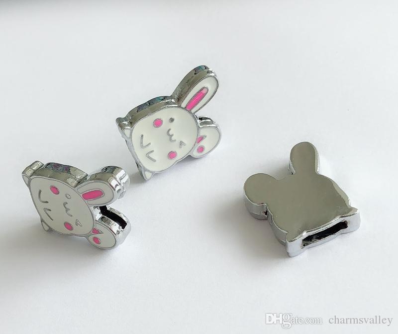 10 unids 8 MM esmalte blanco conejo encantos de la diapositiva DIY accesorios encajan 8 mm pulsera nombre del perro mascota collares cinturones tiras de teléfono