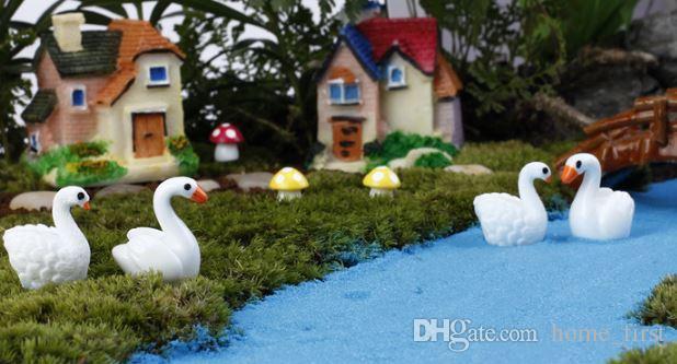Karikatür Mini Kuğu Sahte Hayvan Kolye Moss Mikro Peyzaj Reçine El Sanatları Bahçe Dekorasyon Süsler Takı Etli Kuğu Severler