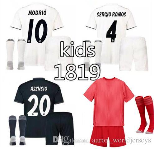 02fe440d66ba4 Satın Al Equipaciones De Futbol Real Madrid Çocuk Şort Çorap 2019 Kırmızı  ISCO MARCELO Realmadrid Futbol Formalar Fc 2019 Equipacion Futbol Takımları  ...