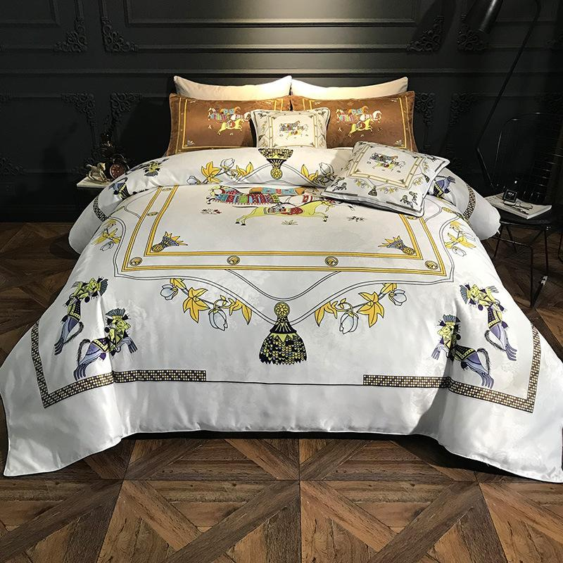 Luxury Printing 100 Cotton Royal Bedding Set Pony Print RUIYEE Super King Queen Size Bed Sheet Set Duvet Cover Bedding Sets