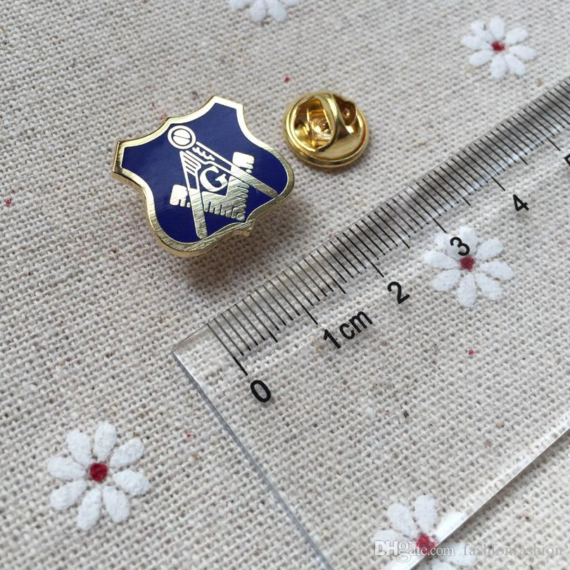 Masonic Regalia Lapel Pin for the Freemason Square And Compass with ... 18140f2f9639