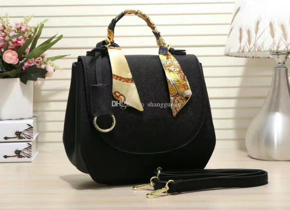 4801971d1b8 Designer Handbags New Letters Solid Color Ladies Fashion PU Large Capacity  Shell Bag Shoulder Shoulder Diagonal Package Italian Leather Handbags Pink  ...