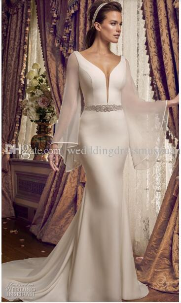 7dbaf97b44e 2018 Brides Looking For A Sophisticated Wedding Dress With A Contemporary  Twist15 Bridal Wear Brides Dresses From Wedddingdressmushuan