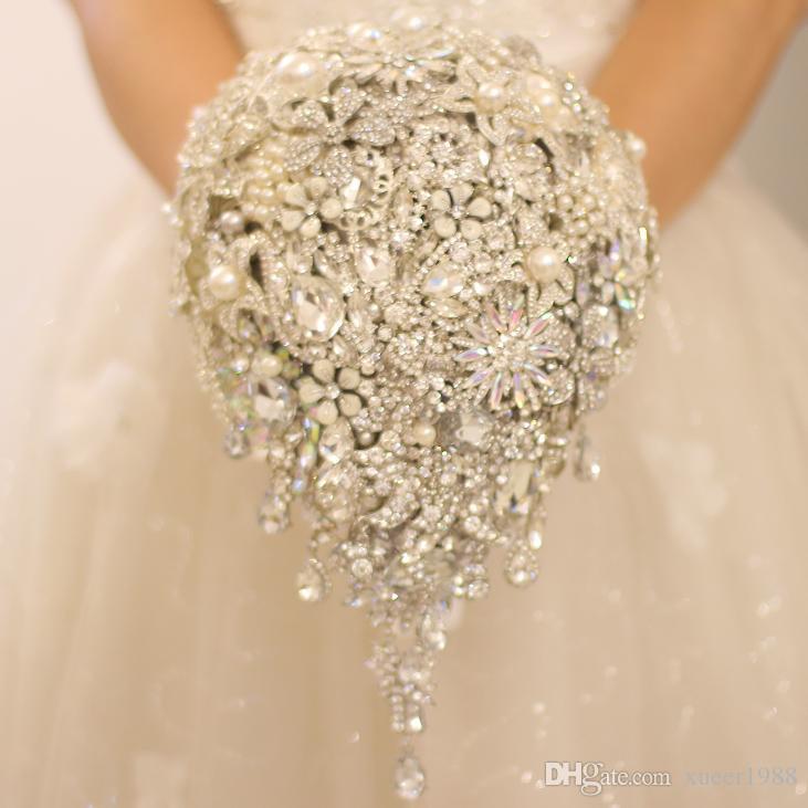 bc241428d IFFO Nem Bridal Bouquet Silver Brooch Bouquet High End Custom Wedding  Crystal Diamond Teardrop Style Bride 'S Bouquet Wedding Decoration Most  Popular ...