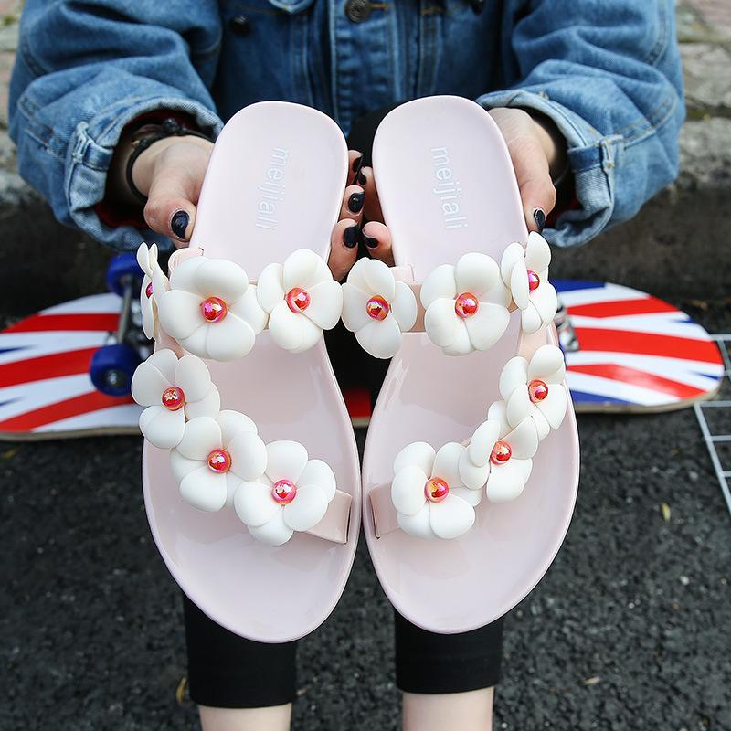 b5e7cc61a1a6f Sweet Flower Sandals Summer Women Shoes Thong Slippers Colored Wedge  Platform Sandal Flip Flops Handmade Holidays Beach Pumps Shoes White Boots  From Sdy1