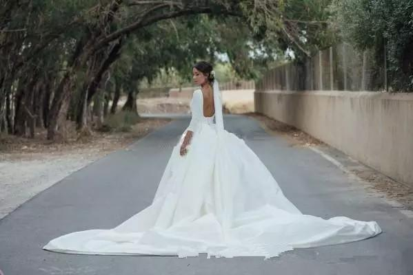 New Country Wedding Dresses with Detachable Skirt Jewel Neck A Line White Satin Champagne Tulle Bridal Gowns Backless Wedding Gowns