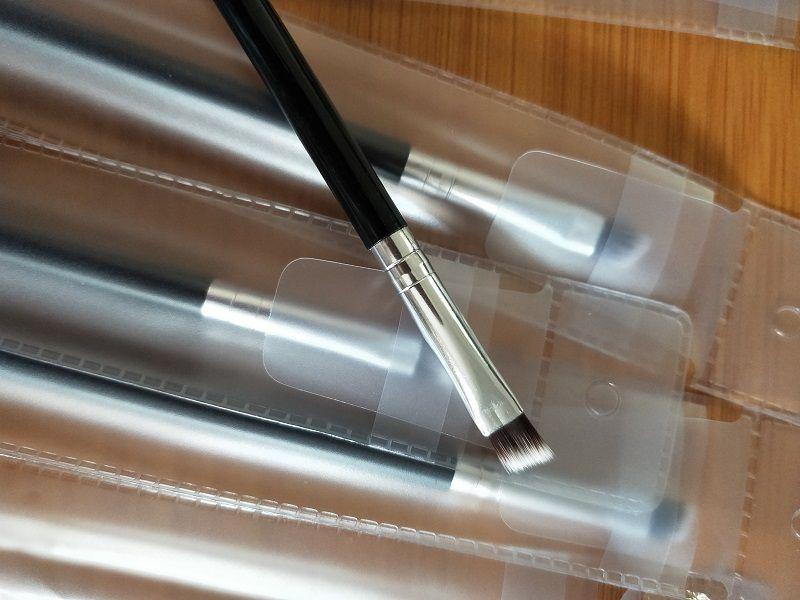 2020 Высокое качество! Макияж бровей Брови Кисть для макияжа Синтетический Duo Кисти Двойной Брови чистящая головка щетки Kit Pinceis