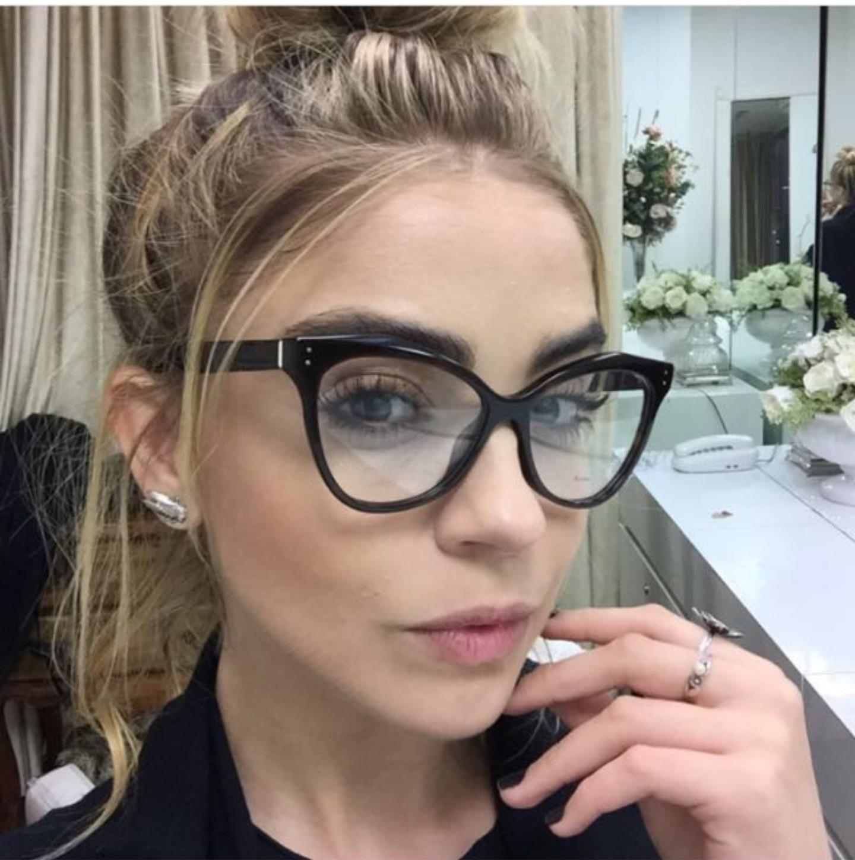 8a0125922b Glasses