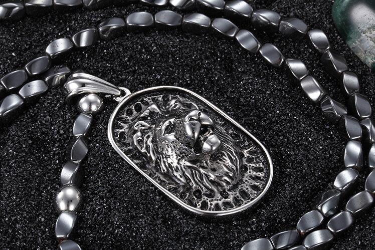 Punk Collar de Acero Inoxidable Cabeza de León Colgante Para Hombres Gris Africano Cuentas de Piedra de Hierro 75 cm Collar Largo Accesorio de la vendimia
