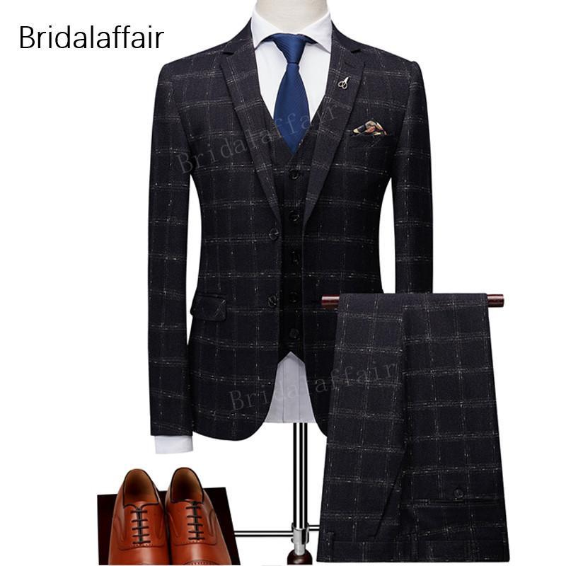 Compre Maravillosos Trajes Para Hombre Conjunto Slim Fit Modernos Últimos  Pantalones De Diseño Plaid Black Groom Tuxedo Traje De Baile De Fin De  Curso ... d9c5abb69320