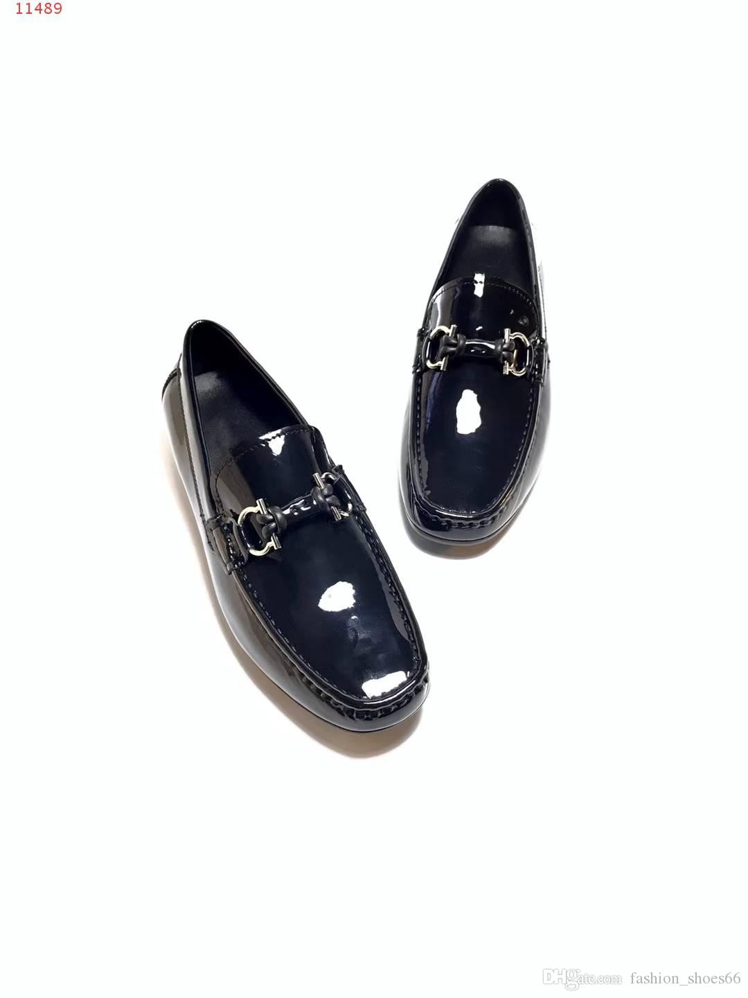 be14251766fd 2018 New Fashion Brand Studded Spikes Flats Round Toe Shoes For Men ...