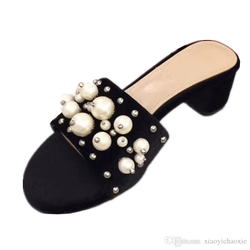 c896d56380c Compre Sandalias Para Mujeres Flip Flop Moda Zapatos De Vestir Negro Sandalias  Para Mujer Zapatos De Cuero Genuino Señoras 2018 Zapatillas A  160.81 Del  ...