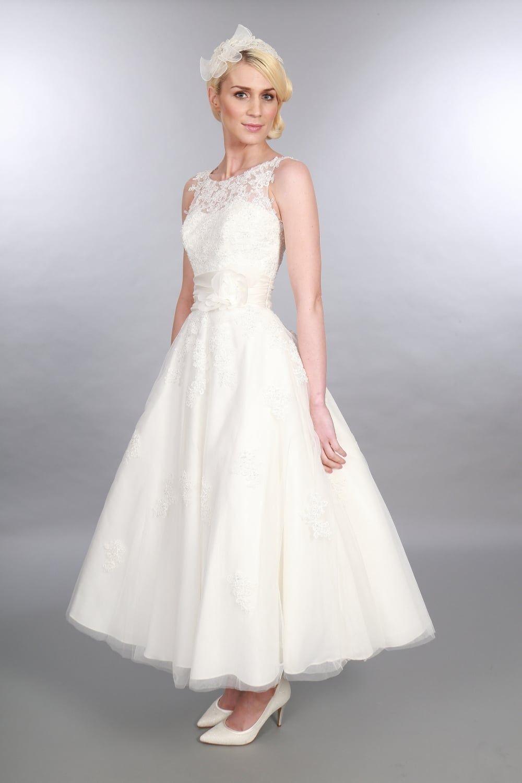 Tee Länge Lace Short Brautkleider Sleevelss Vintage Kalb Länge informelle Brautkleid der 1950er Jahre Stil rustikale Brautkleider nach Maß