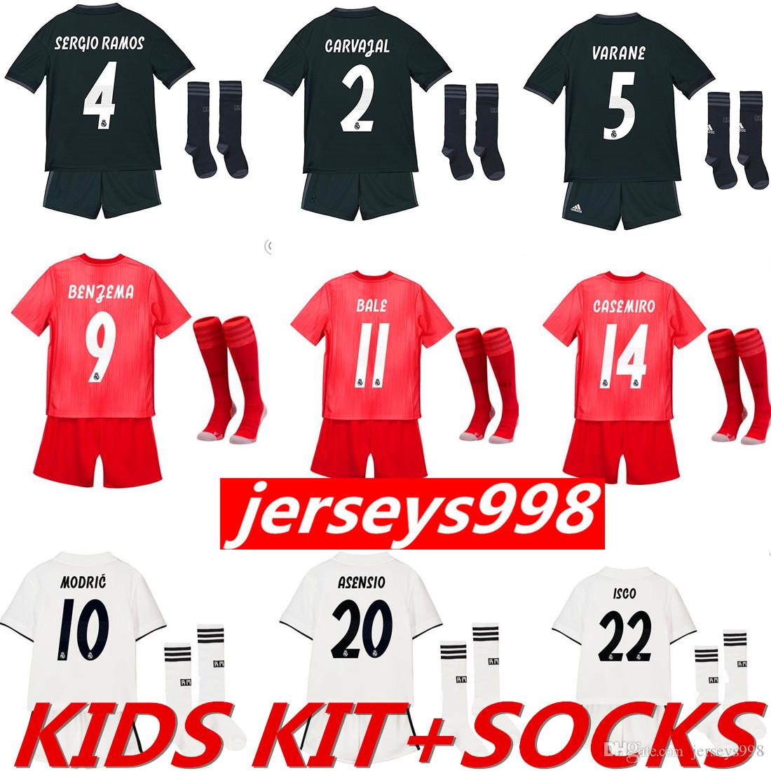 outlet store d8092 b7703 2018 2019 Real Madrid Home Kids KIT SOCKS Jerseys Mariano RONALDO SERGIO  RAMOS JAMES BALE RAMOS ISCO MODRIC Benzema football shirts