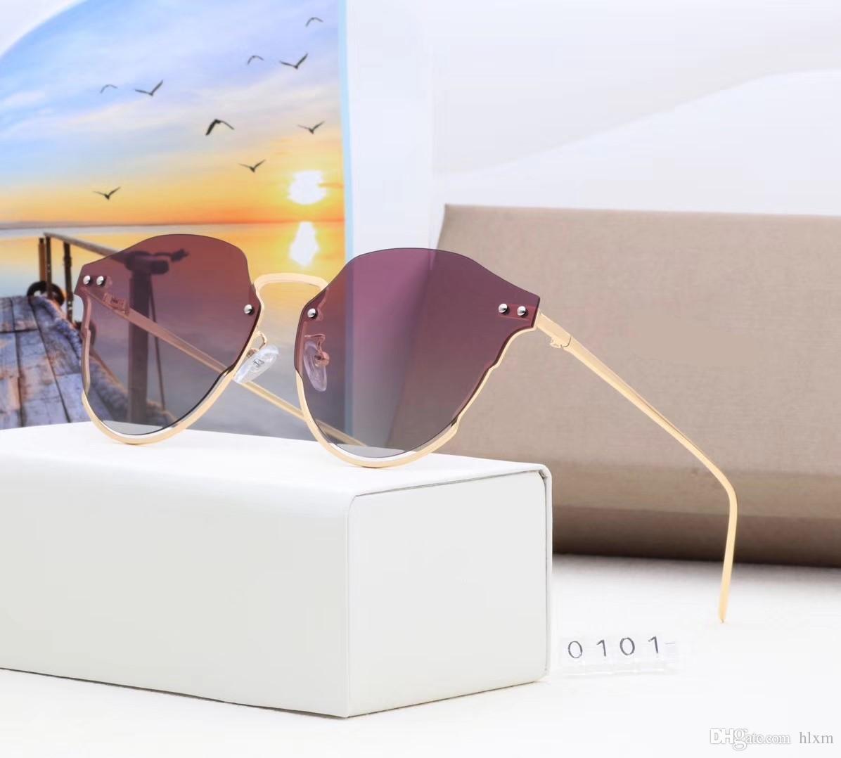 58767c0019da9 Compre Preço Barato Retro Rebite Clássico Marca De Luxo Quadro Espelhado  Rodada Óculos De Sol Das Mulheres Dos Homens Óculos De Sol De Sol Feminino  0101 Bom ...