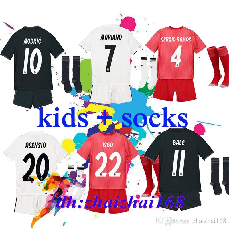 e80e615c1 Großhandel Real Madrid Trikots Kinder Kit Jungen 2018 2019 Fußballtrikot  MODRIC ASENSIO VINICIUS JR Trikot Uniformen BALE 18 19 ISCO Camiseta Von ...