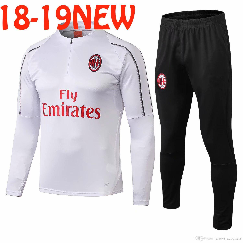 70b887da84cfb Compre AAA + Calidad Superior 2018 2019 AC Milan Soccer Traje De  Entrenamiento Kit De Sudadera Survetement 18 19 AC Milan Conjunto De Chándal  Conjunto De ...