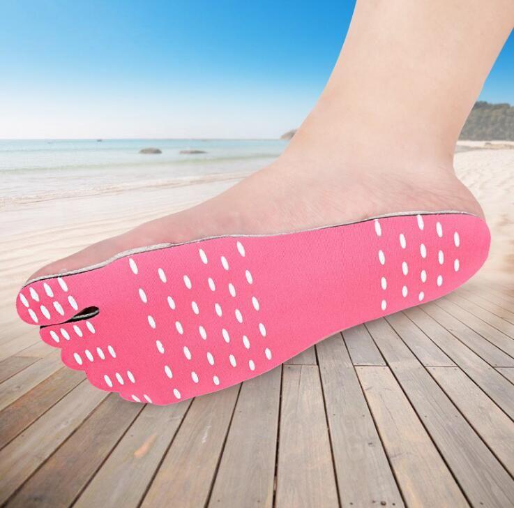 Solas de pé de verão Invisible Sapatos de praia pé almofadas waterproot shoes Meias de barco praia piscina de natação pé pés pads